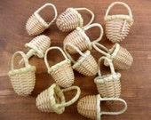 "24 Baskets Miniature Wicker 1 3/8"" H x 3/4"" W"
