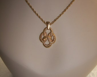 Trifari Rope Necklace & Pendant, Yellow Gold Finish, by Nanas Vinage Shop on Etsy