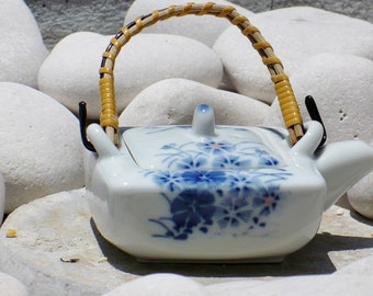 Teapot, Porcelain, Blue White, Small, Doll Size, Herb Pot, Asian Design, Asian Signature