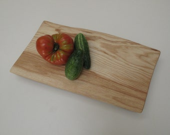 White Ash Footed Platte Cutting Board