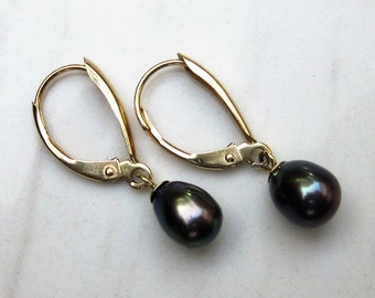 Estate 14k Solid Yellow Gold Cultured Black Pearl Drop Earrings with Euro Clasps