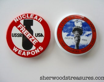 No Nukes  Cause Buttons USSR USA Vintage Orig 80's Pinback Buttons No War