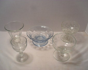 Lot of 5 Mixed Vintage Dessert Pudding Ice Cream Glass Dishes