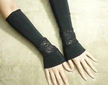 Black Fingerless Gloves with Lace Gothic Arm warmers Fantasy Belly Dance Goth Long Sleeves Palm cover Steampunk Noir Glam Lace