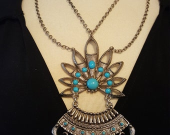 Chunky Faux Turquoise Necklace in Silver Tone Setting - STUNNING!