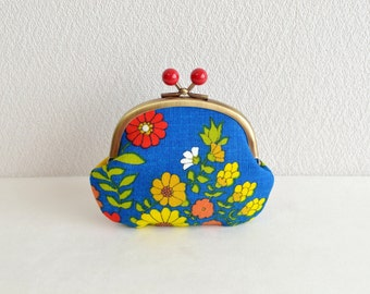 Vintage retro/folk floral coin purse - blue. Handmade in Japan. Ready to ship. Frame purse with wooden balls.