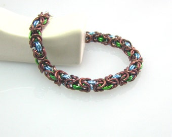 Cara Chainmaille Bracelet in Gaia