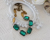 Emerald Necklace, Art Deco Necklace, Emerald Rhinestones, Vintage Glass Jewel Necklace, Old Hollywood Glam, Estate Jewelry, Green Necklace