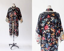 1920s Hand Embroidered Chinese Silk Jacket // Antique Chinese Robe // Formal Coat // Large