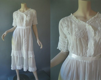 1900s White Dress - Edwardian Tea Dress - Embroidered  Wedding Dress