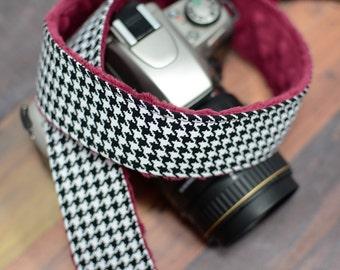 Houndstooth Camera Strap - Padded dSLR Camera Strap - Garnet, Cranberry, Oxblood Minky - Christmas Gift for Photographer