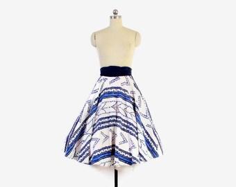 Vintage 50s CIRCLE SKIRT / 1950s Blue & White Chevron Dots Hawaiian Full Skirt XS