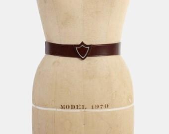 Vintage 40s BELT / 1940s Brown Leather Novelty Shield Buckle Belt S