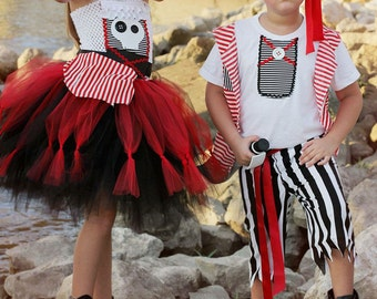 Girls Pirate Tutu Dress- Pirate Costume- girls pirate Costume- pirate Tutu- skull Tutu dress- Halloween costume-Dress only