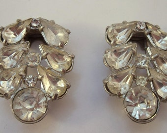 Vintage pair of  fur clips with large clear stones