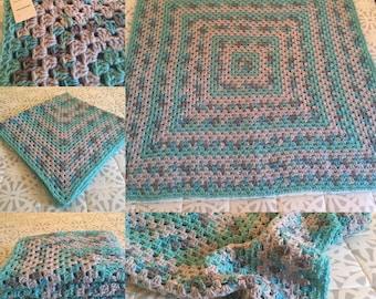 Crochet Granny Square Blanket Throw - Baby - Lap - Blanket - Afghan - Handmade