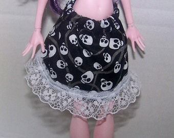 Handmade Monster High doll clothes - black with white skulls and white lace skirt