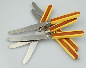 Six Vintage Fruit or Butter Knives / Two-Tone Bakelite / Rostfrei