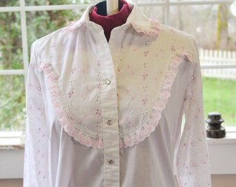 Vintage Women's Rockmount Ranch Wear Blouse Pink and White - S - M - L