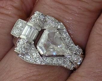 Vintage Retro DIAMOND-SHAPED DIAMOND in Platinum Mounting