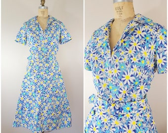 Vintage 1950s Dress / Summer Daisies / Cotton Burlap Dress / Medium