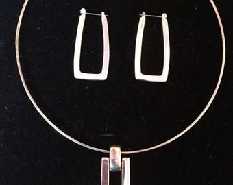 Modnernist Choker w/Pendant & Earring Set