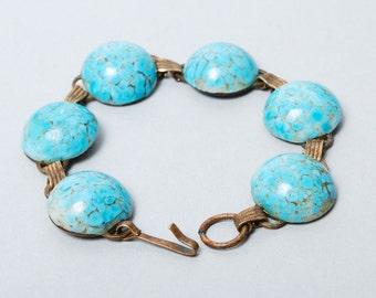 Vintage brass bracelet, with glass stones