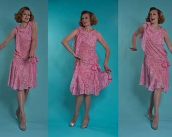 Vintage 1920s Pink Silk Dress - Geometric Drop Waist - Gatsby Flapper Fashions