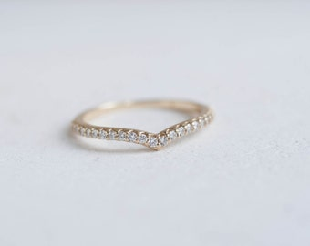 Pavé Diamond Contour Band | 14k Recycled Gold | Diamond Accent Wedding Band