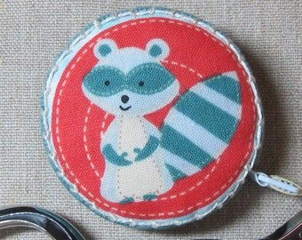 Retractable tape measure, covered with cute raccoon fabric