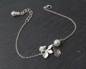 Personalised Bridesmaid Bracelet, Orchid Bracelet, White wedding Bracelet, Bridesmaid Gift, Initial bracelet, orchid jewelry, maid of honor