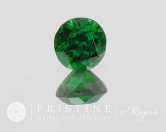 Tsavorite Green Garnet Round Shape 5.3 MM January Birthstone