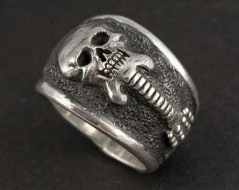 Skull Ring, Custom .925 Silver Guitar Skull Ring