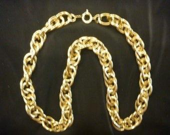 Vintage GOLD TRIFARI CHAIN Necklace