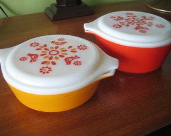 Vintage Pyrex Freindship Casserole Dishes