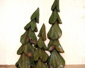 PINE TREE Wood Carvings, Set of Three 3 Hand Carved Cottonwood Bark, Rustic Home, Cabin Decor, North Woods, Green, Forest Accent For Sale JR