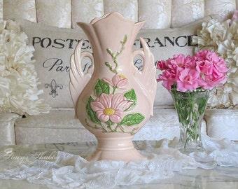 Stunning Vintage PINK Magnolia Blossom HULL Pottery Flower VASE, Shabby Chic, Cottage, Floral
