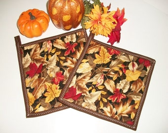 Quilted Pot Holders, Autumn Fall Leaves, Fall Decor, Hot Pads, Gold Brown Red Autumn, Kitchen Decor, Autumn Decor, Set of 2