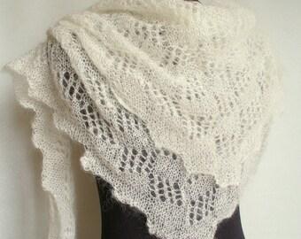 Cream shawl lace knit. Bridal shawl cream. Wedding shawl. Mohair shawl. Handknit. Bridesmaid. Bridal accessory. Wedding