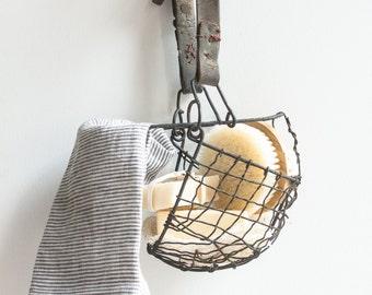 Vintage Wire Muzzle