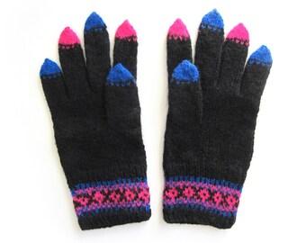 Jazzy Black Gloves hand knit in wool. Size M.