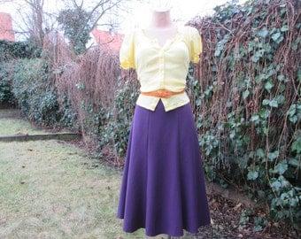 Nice Violet Skirt Vintage / Violet / Plum / Size EUR44 / UK16