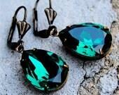 25% OFF SUMMER SALE Emerald Green Earrings Swarovski Crystal Earrings Emerald Green Pear Tear Drop Dangle Earrings Duchess Mashugana
