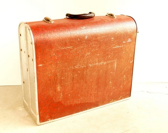 Vintage Snack-Pak Foldout Table in Metal Case (c.1960s) - Beach or Picnic Table in a Suitcase