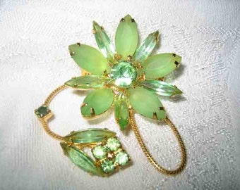 Vintage Prong Set Frosted Lime Rhinestone Brooch