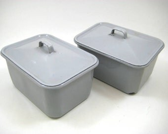 Vintage Gray Enamelware Refrigerator Set - 2 Refrigerator Dishes with Lids, Enamel Storage Box Set, Chippy Cottage, Farmhouse Chic