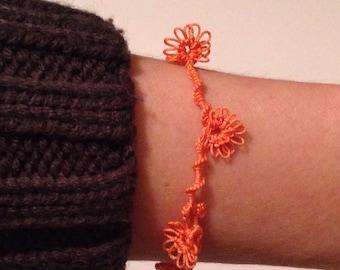 Tatted lace daisy bracelet- melon