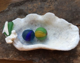 Clamshell Dish with Two Tiny Marbles, Set of Genuine Sea Glass Marbles in Blue, Green Beach Marbles, Small White Shell Trinket Dish