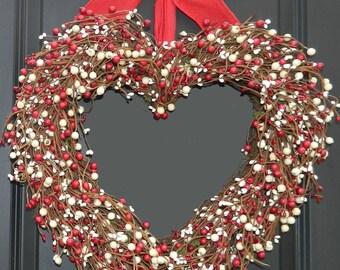 Valentine Wreath - Valentine Gift -  Heart Wreath - Outdoor Wreath
