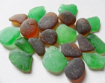 20 green & brown sea glass - Lovely English beach find pieces.